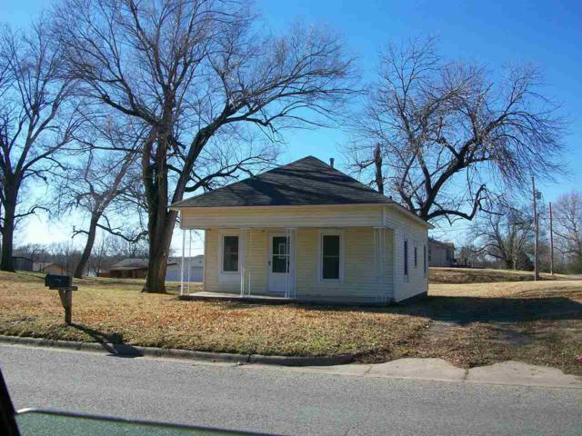 527 N 8th Street, Arkansas City, KS 67005 (MLS #561289) :: Wichita Real Estate Connection
