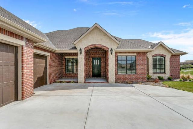 1611 N Red Oaks Ct, Wichita, KS 67206 (MLS #561513) :: On The Move