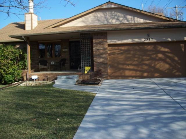 2382 S Cypress, Wichita, KS 67207 (MLS #561642) :: On The Move