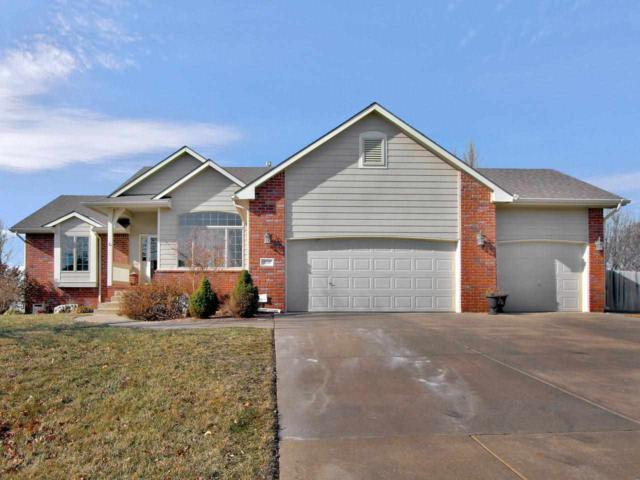 315 N Fiddlers Creek, Valley Center, KS 67147 (MLS #562105) :: Graham Realtors