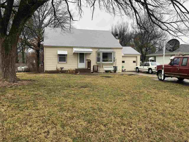 1511 N Washington Ln, Augusta, KS 67010 (MLS #562279) :: On The Move