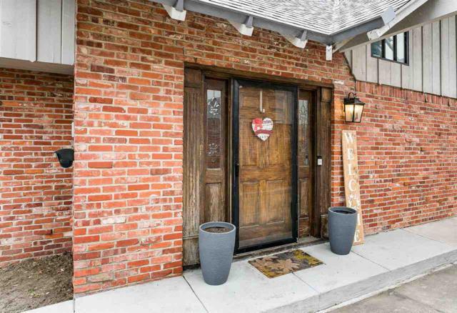 127 S Oakwood St, Wichita, KS 67218 (MLS #562288) :: On The Move