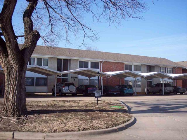 1201 W River Blvd 1201 W River Bo, Wichita, KS 67203 (MLS #563125) :: On The Move