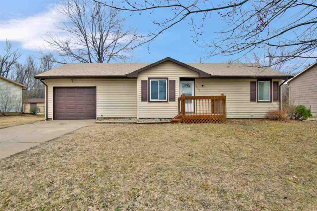 802 Tracy Ave, Augusta, KS 67010 (MLS #563579) :: On The Move
