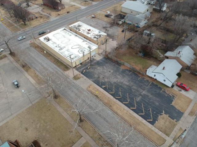 958 N Dellrose St. 957 N Oliver St, Wichita, KS 67208 (MLS #563799) :: Pinnacle Realty Group