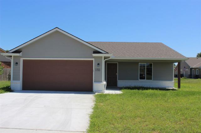 1311 E Maywood, Wichita, KS 67216 (MLS #563932) :: Pinnacle Realty Group