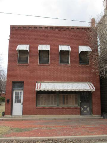 215 N Walnut, Peabody, KS 66866 (MLS #564165) :: On The Move