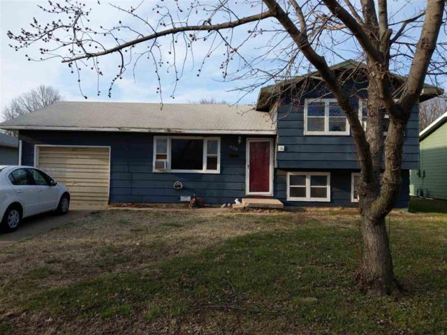 1920 Booth, Winfield, KS 67156 (MLS #564209) :: On The Move