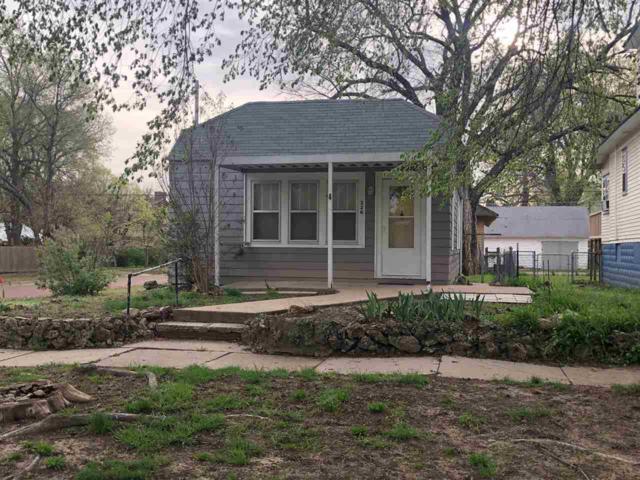 226 N 2nd St, Arkansas City, KS 67005 (MLS #564937) :: Pinnacle Realty Group