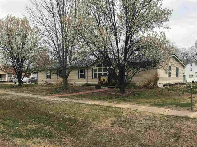 307 S Pine St, Howard, KS 67349 (MLS #565569) :: On The Move