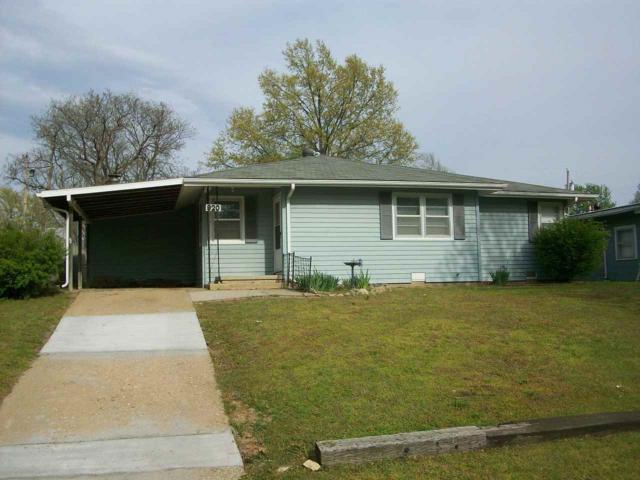 920 N 11th Street, Arkansas City, KS 67005 (MLS #565580) :: On The Move