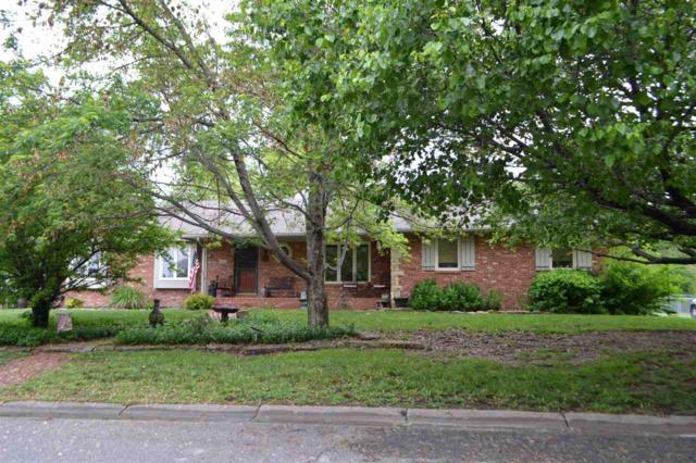 606 E 1st St, Whitewater, KS 67154 (MLS #566403) :: On The Move