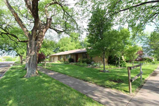 207 W 10TH ST, Wellington, KS 67152 (MLS #566688) :: On The Move