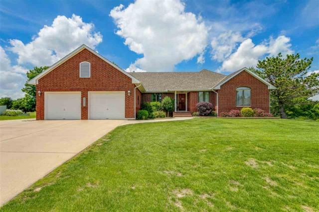 2805 Cabrillo Dr, Winfield, KS 67156 (MLS #566942) :: Wichita Real Estate Connection