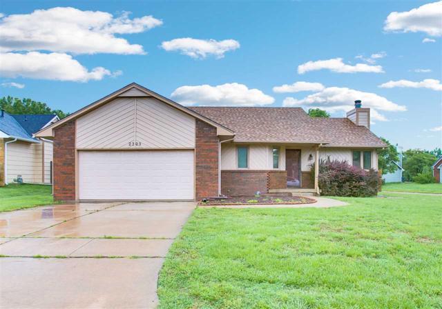 2303 S Linden Cir, Wichita, KS 67207 (MLS #567372) :: On The Move