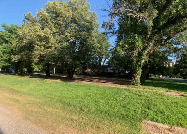 226 N Main St, Belle Plaine, KS 67013 (MLS #568869) :: On The Move