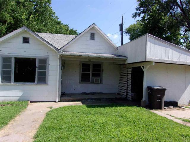 714 W Chestnut, Arkansas City, KS 67005 (MLS #568895) :: Lange Real Estate