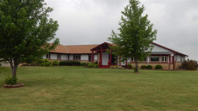 11246 142nd Rd, Winfield, KS 67156 (MLS #569271) :: Graham Realtors