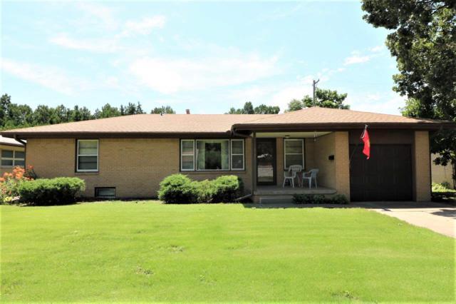 2424 N Marigold Ln, Wichita, KS 67204 (MLS #569679) :: On The Move