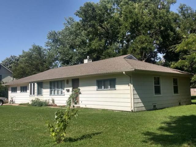 810 Chestnut, Halstead, KS 67056 (MLS #569747) :: Wichita Real Estate Connection