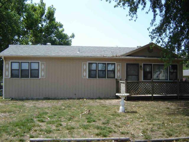 2401 W 32ND ST S, Wichita, KS 67217 (MLS #570293) :: Pinnacle Realty Group