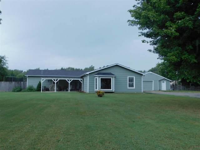 8017 S Santa Fe St, Haysville, KS 67060 (MLS #572207) :: Lange Real Estate