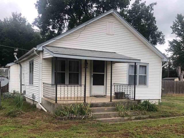 608 W Polk Ave, Arkansas City, KS 67005 (MLS #572625) :: Graham Realtors