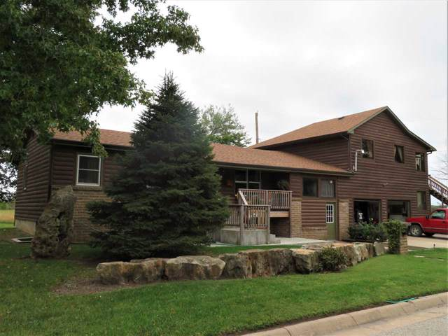 1911 N Meadow Ave, Augusta, KS 67010 (MLS #572733) :: Lange Real Estate