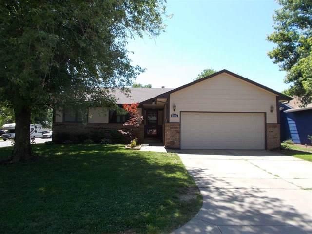 11874 W Rolling Hills Ct, Wichita, KS 67212 (MLS #572827) :: Lange Real Estate