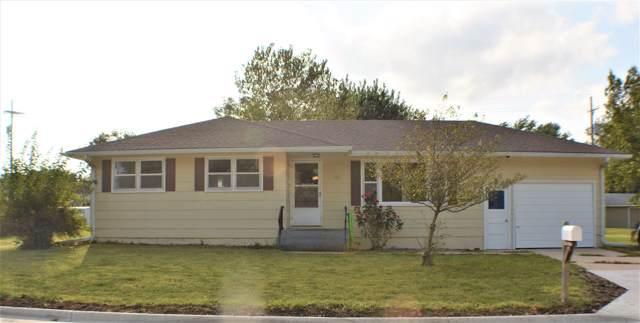 105 S Wilson St, Hillsboro, KS 67063 (MLS #572847) :: Lange Real Estate