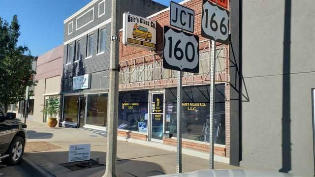 709 Main, Winfield, KS 67156 (MLS #573143) :: On The Move