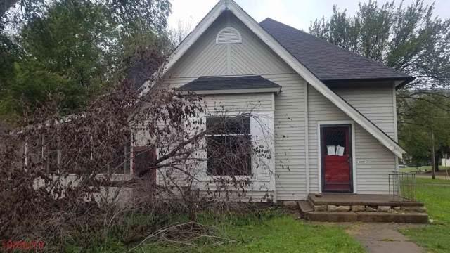 1004 S Washington, Wellington, KS 67152 (MLS #573149) :: Lange Real Estate
