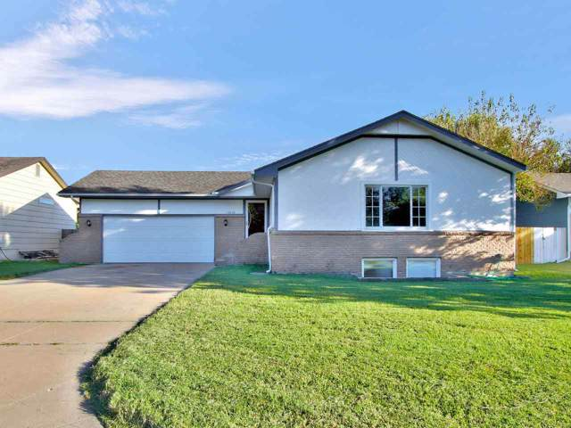 10610 E Lockmoor St, Wichita, KS 67207 (MLS #573210) :: Lange Real Estate