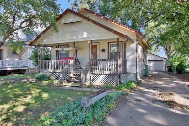 126 E 10th, Newton, KS 67114 (MLS #573360) :: Lange Real Estate