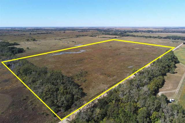5205 N Sand Hill Rd, Burrton, KS 67020 (MLS #573748) :: Lange Real Estate