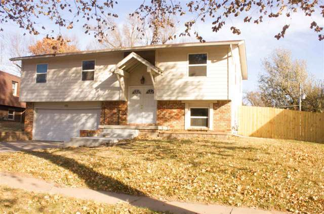 1130 N Summitlawn Ct, Wichita, KS 67212 (MLS #574712) :: Pinnacle Realty Group