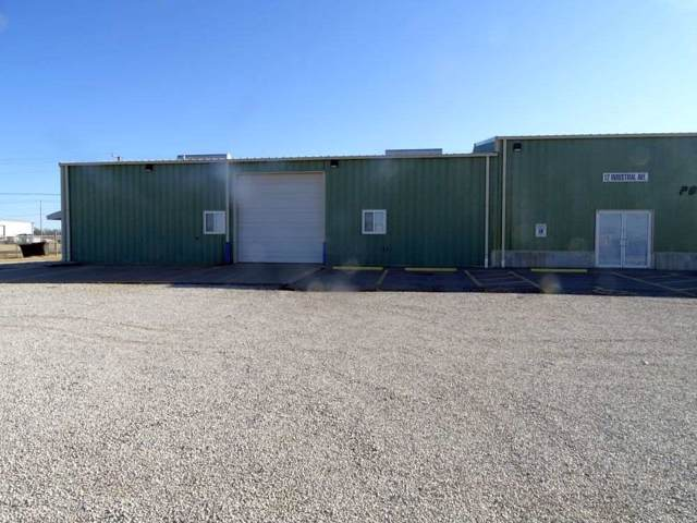 12 Industrial Ave, Wellington, KS 67152 (MLS #575548) :: On The Move