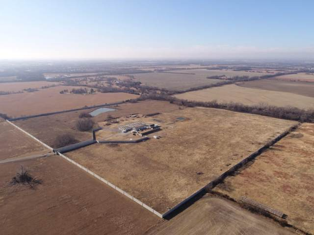 7445 N Woodlawn Blvd, Valley Center, KS 67147 (MLS #576022) :: Keller Williams Hometown Partners