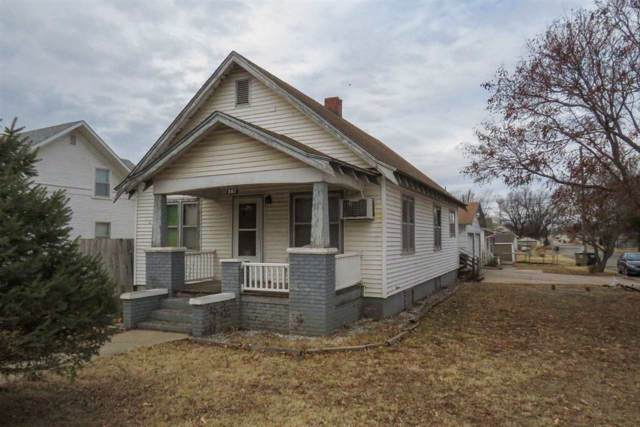 207 S Ash St, Pretty Prairie, KS 67570 (MLS #576175) :: Lange Real Estate