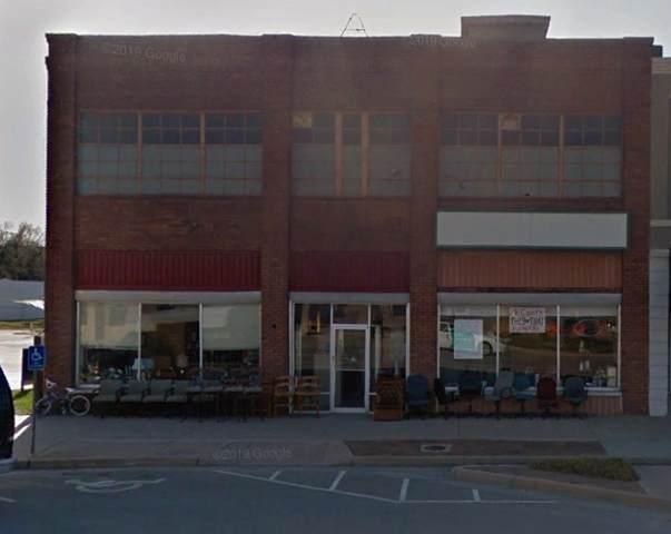1105 Main, Winfield, KS 67156 (MLS #576393) :: Pinnacle Realty Group
