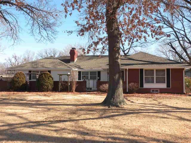 3232 N Somerset Dr, Wichita, KS 67204 (MLS #576440) :: On The Move
