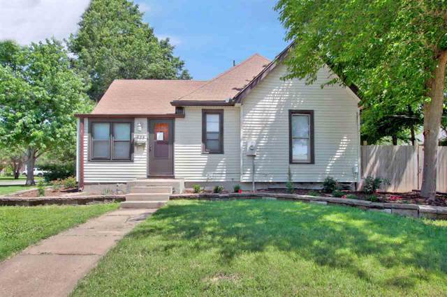 328 W 3rd St, Valley Center, KS 67147 (MLS #576631) :: Keller Williams Hometown Partners