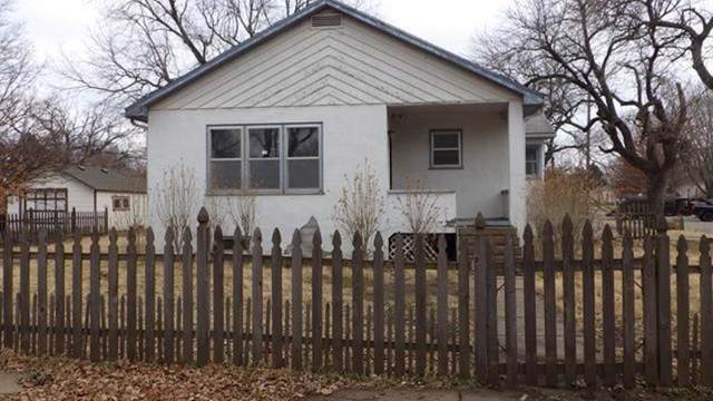 202 N Lee St, Clearwater, KS 67026 (MLS #576956) :: On The Move