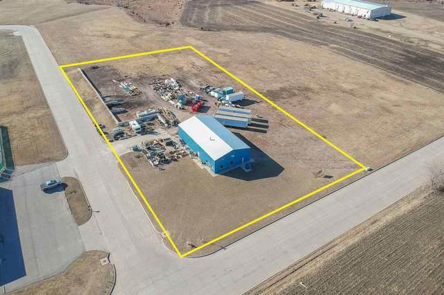 901 Industrial Dr, Newton, KS 67114 (MLS #577430) :: Pinnacle Realty Group