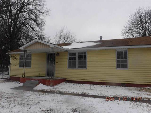 619 Alexander St, Winfield, KS 67156 (MLS #577588) :: On The Move