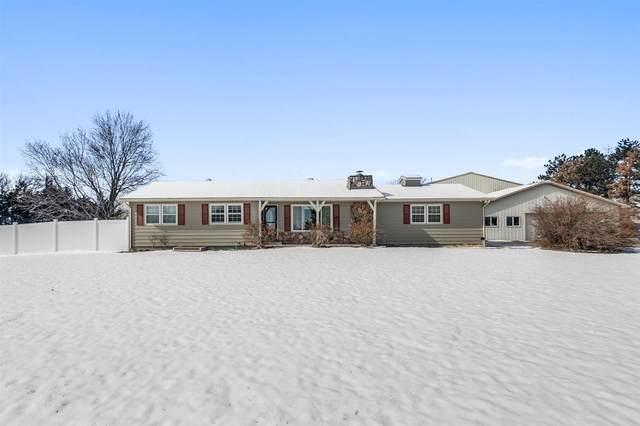 3179 SW Farmstead Rd, Benton, KS 67017 (MLS #577669) :: Pinnacle Realty Group