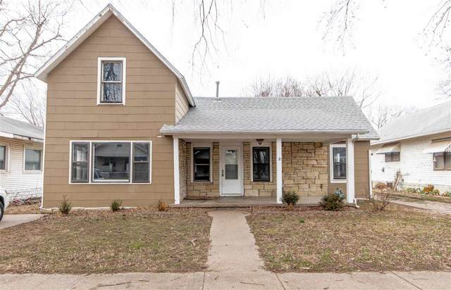 417 Iowa St, Winfield, KS 67156 (MLS #577715) :: On The Move