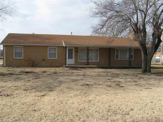 801 N Hoover Ave., Wichita, KS 67212 (MLS #577761) :: Kirk Short's Wichita Home Team