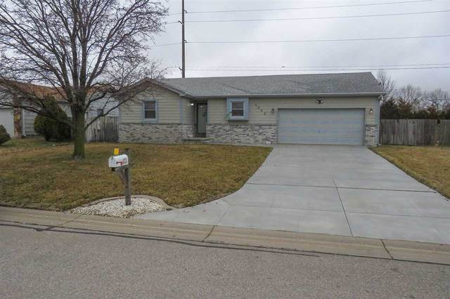 4002 S Boyd Ct, Wichita, KS 67215 (MLS #577946) :: Lange Real Estate