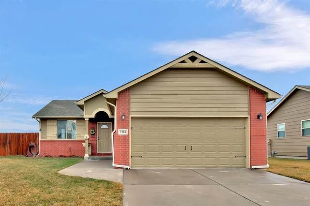 1124 N Beau Jardin St, Derby, KS 67037 (MLS #578011) :: Lange Real Estate